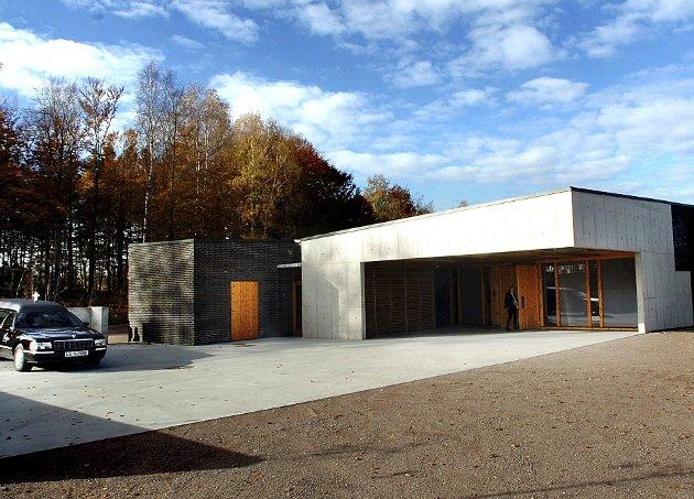 SEREMONIROM: Her på Vestfold krematorium i Stokke finnes det et nøytralt seremonirom. Foto: Kirvil Håberg Allum