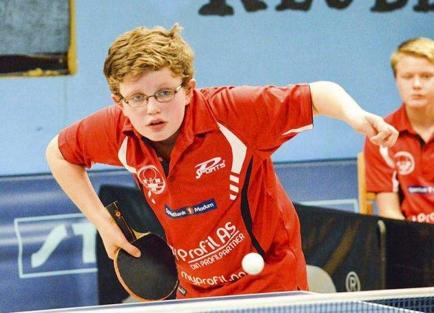 BORDTENNIS: Modum BTKs Marius M. Pedersen (12) har slått seg langt oppover rankinglistene i denne verdensidretten.