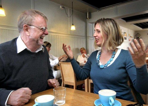 – Dialogene mellom far og datter, over kjøkkenbordet, eller via telefon og tekstmeldinger, viser kjærligheten mellom de to, skriver anmelder Christen Hvam.