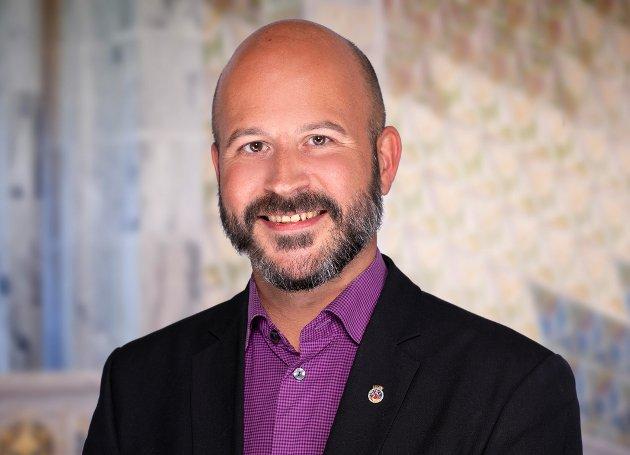 UNDRER: Jon Reidar Øyan, bystyrerepresentant, Oslo Arbeiderparti, lurer på hva som er Senterpartiet i Oslos offisielle standpunkt i debatten om rusreformen.