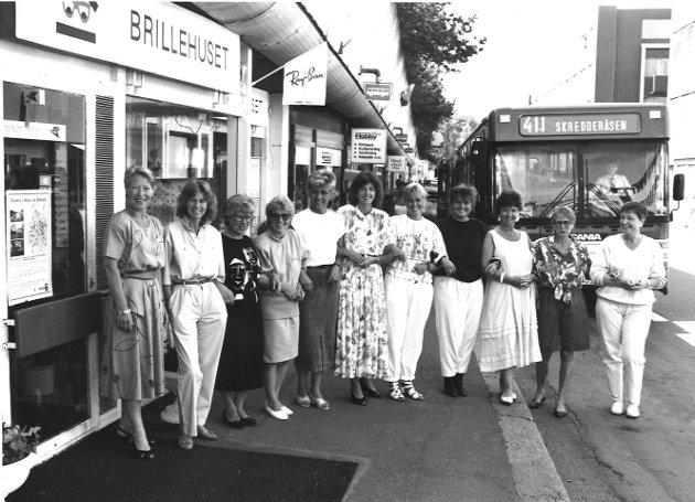 Blide representanter for forretningene i Th. Petersons gate. Bildet ble tatt sommeren 1989.