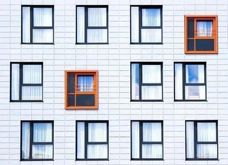 BOLIGER: – For å lette presset, må vi bygge flere boliger og styrke den ikke-kommersielle utleiesektoren, skriver artikkelforfatterne.
