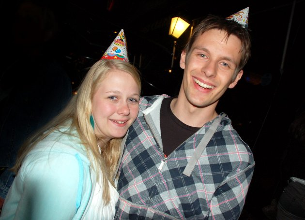 På James Clark: Kristina Lie og Terje Åsnes feirer at Terje fyller 23 år.