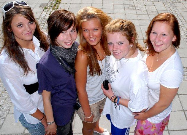VEIEN VIDERE: Lene Mari Aaserud (fra venstre), Regine Rogneby, Trine Lise Fossum, Marita Lehre og Therese Haakenstad er klare for nye utfordringer.