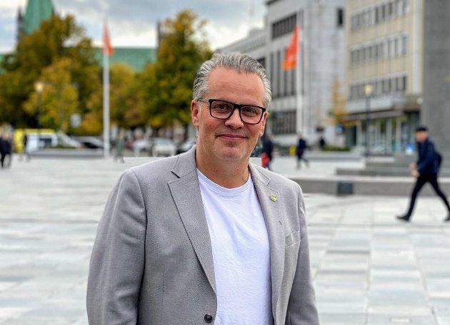 I dag er dagen for å være rystet. For å være forbannet på hvilken retning norske regjeringer har vært med å skyve verden, skriver Tommy Reinås (MDG).