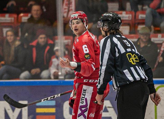 PROFILEN: Etter ti spilte kamper, er det én spiller som virkelig har markert seg: Backen Andrew O'Brien har blitt en snakkis i hockey-Norge.