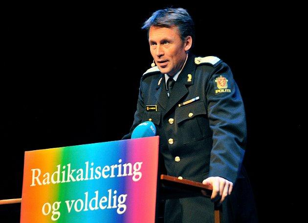 FEILINFORMSJON: – Politidirektøren har klokketro på politireformen, men har vi tillit til en politidirektør som feilinformerer justisdepartementet, og som fører til at Stortinget blir feil informert av statsministeren når det gjelder nasjonal beredskap, skriver Erik Bull-Hansen.