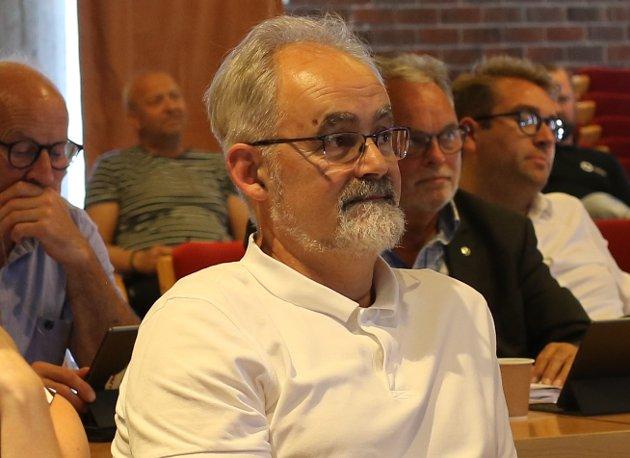 OPPSUMMERING: Geir Oldeide (Raudt) meiner både politisk og administrativ leiing har venta seg Kinn-gulrøter som aldri fanst, eller aldri var lova.