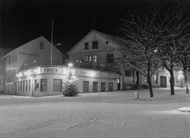Kafé Fønix i Nedre Torvgate 1955.