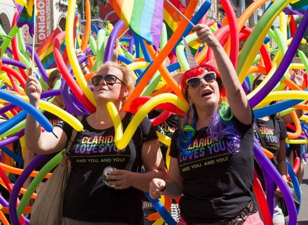 Pride står ikke for mangfold, mener  Elisabeth Svartrud Ødegaard, Stortingskandidat Partiet De Kristne Innlandet. Arkivfoto fra Oslo Pride-parade 2020. Foto: Terje Bendiksby / NTB scanpix