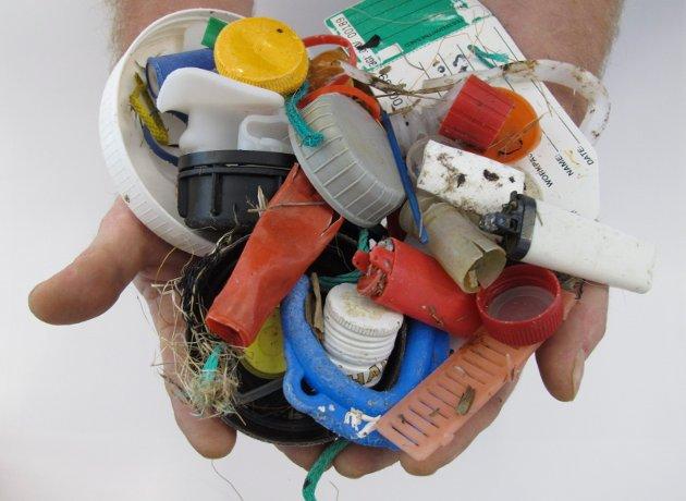 Plast i ulike former: Plastmaterialene som er utviklet har veldig gode egenskaper. Legg ikke skylda på plasten når den havner i naturen, ber Lars W. Corneliussen.