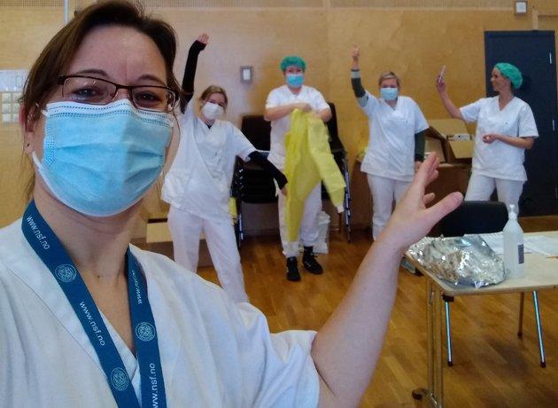Jana Hoffmann og medlemmer i ambulant testteam, Lillestrøm