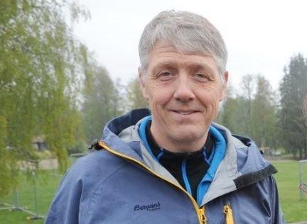 TA VARE PÅ HØLDIPPELEN: Tjernet på Tumyrhaugen kan benyttes både til friluftsliv og i nødsfall til drikkevannskilde, påpeker Ketil Gundersen (Sp).