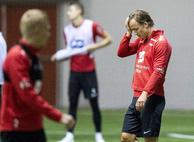 Fredrik Haugen og de andre Brann-spillerne har spesielle uker og måneder. Mons Ivar Mjelde tror den mest lojale spillerstallen har en spesiell konkurransefordel når sesongen er i gang.