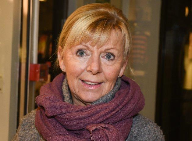 Anne Sofie Urke (61), Gruben: - Jeg vet ikke hva jeg betaler i skatt jeg. Jeg bare betaler og får alltid restskatt. Jeg er litt gæren. Jeg følger ikke med på skatt og sånt. Jeg bekymrer meg ikke over penger, så lenge jeg har nok til å leve for. Jeg følger ikke så mye på hva andre tjener, men kikker over lista om det i Rana Blad.