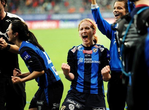 Lise Klaveness feirer cupgullet med Stabæk. Nå kan hun feire sin nye toppjobb i Norges Fotballforbund. (Arkivfoto: Eirik Hagesæter)