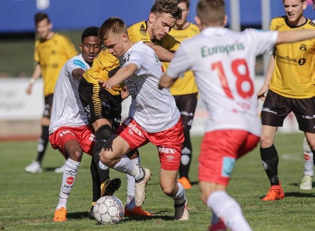 Thomas Rekdal (foran) og Anas Farah har åpnet sesongen forrykende for FFK. Begge er på utgående kontrakter.