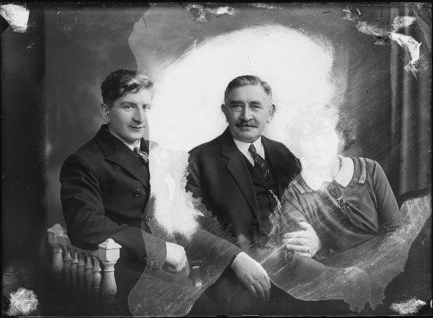 Familebilde av Solly Caplan, Daniel Caplan og Cecilie Caplan