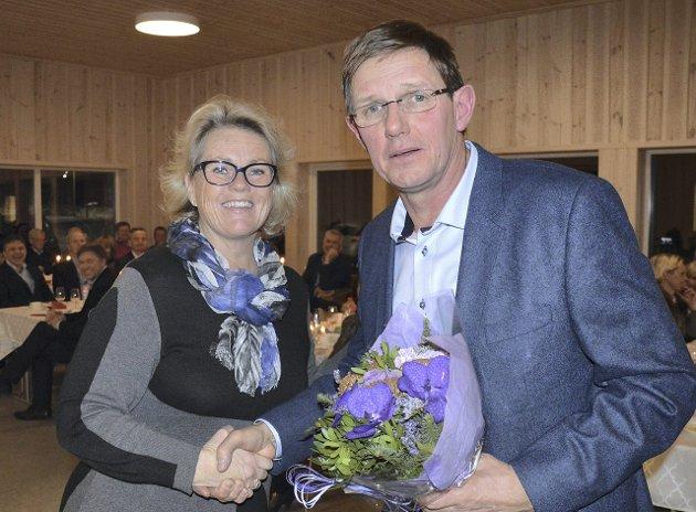 NABOHILSEN: Fra Elisabeth Seigerud Øverlier og Lygnasæter.