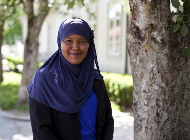 Amal M. Bashir (18) opplever ramadan som noe positivt og mener det blir bedre og bedre for hvert år som går.