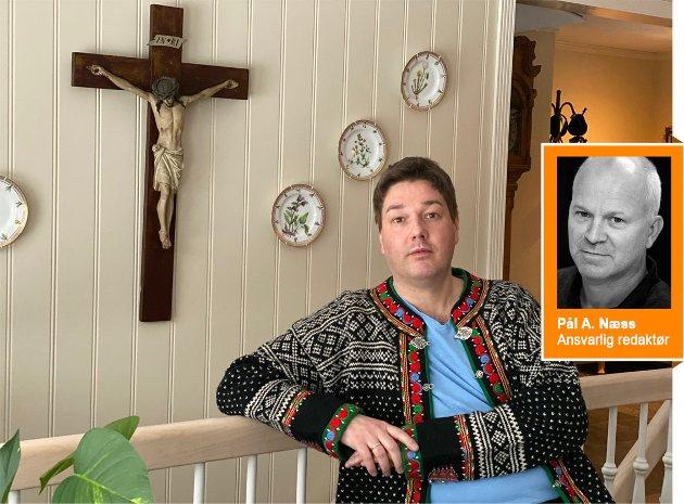 ISKALDT GUFS: Lierposten-redaktør Pål A. Næss, mener det er et iskaldt gufs som brer seg i den ellers så varme Sylling-kirken når Christer Hansen og hans forlovede har fått avslag fra presten de ønsket skulle vie dem.