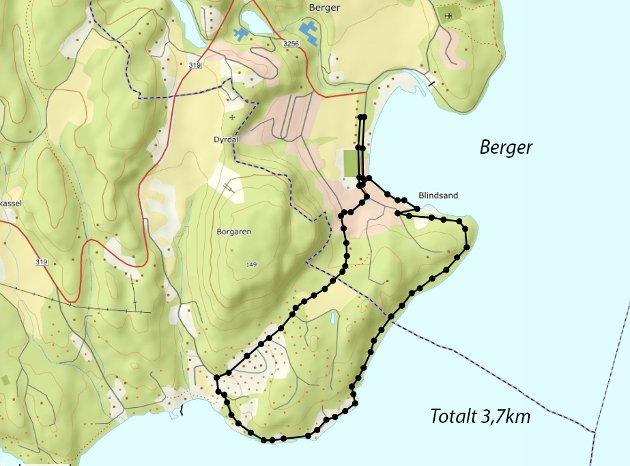 Vi startet dagens tur ved parkeringplassen i Bergerbukta og fulgte Kyststien sørover.  Stien her er godt merket og stort sett lett å gå.  Det er kun et stykke ned til Leinastranda som er bratt med store steinblokker.  Vi fulgte Kyststien helt til vi kom rundt til Leinaveien og fulgte denne videre rundt neset i sør av kartet og innover mot Sandvika.  Her tok vi av til høyre oppover Sandvikveien og fortsatte på sti gjennom skogen over til Berger igjen.  En fin, liten tur på 3,7 km.
