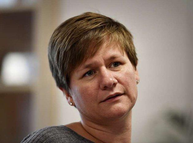 OPPFORDRING: - Fagforbundet Innlandet oppfordrer politikerne i fylkestinget til vedta en videre utredning om kollektivtrafikk i egenregi, skriver regionleder Helene H. Skeibrok