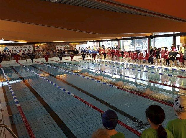 Etter mange år med stengte svømmehaller i ulike deler av kommunen har vi endelig flere svømmehaller som kan brukes. Dette er en anledning for kommunen til å omsider ha fokus på den lovpålagte og livreddende svømmeopplæringen for barn og unge, skriver Bjerkvik svømmeklubb.