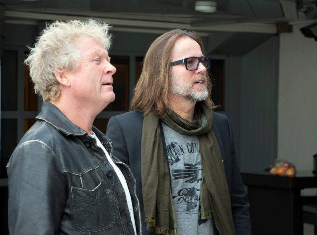 221014 Haugesund, Ny gitarist i Vamp er Bjørn Berge. Øyvind Staveland og Bjørn Berge