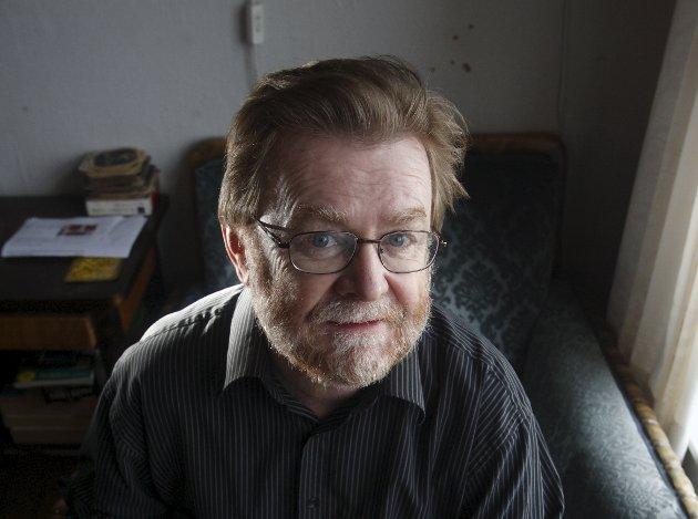 Spaltist Erling Gjelsvik ønsker  et offentlig tilgjengelig register over straffedømte pedofile.