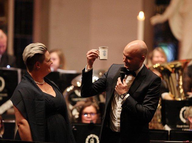Nyttårskonsert i Florø kyrkje med Florø Hornmusikk og Kinn Kyrkjekor + solistar som Ann Kristin T. Winterthun og Audun Hareide.