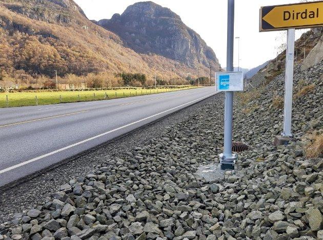 Det haster mer med slike busstopp enn å fjerne busslommer på Ålgård