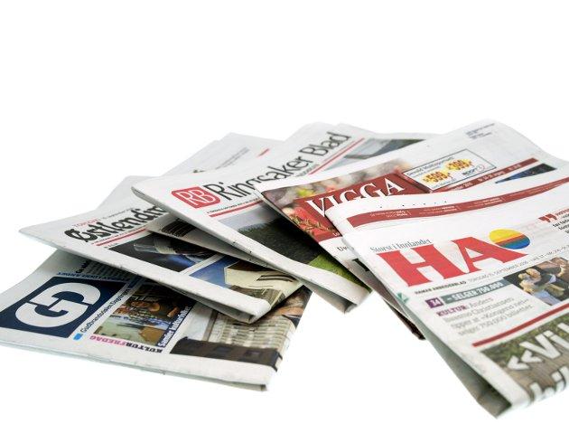 - Vi har ikke råd til å miste mangfoldet vårt av medier og lokalaviser, skriver Karin Andersen.