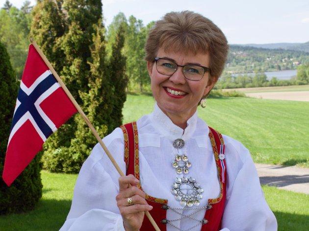 PÅMINNELSE: Flagget er en påminnelse om at vi har mange å takke, og at vår frihet og selvstendighet aldri må tas for gitt, skriver Kathrine Kleveland