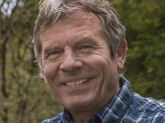 """UTFORDRER PÅ JERNBANEPOLITIKK: """"Jeg vil her og nå utfordre Martin Kolberg, Lise Christoffersen og Masud Gharahkhani i Buskerud"""", skriver SVs Arne Nævra."""