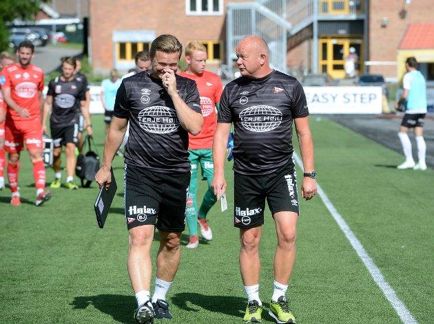 Bjørn «Bummen» Johansen og Per-Mathias Høgmo måtte konstatere at det ble med kun én scoring for FFK mot Elverum på lørdag. Nicolas Berg mener laget har et spissproblem.