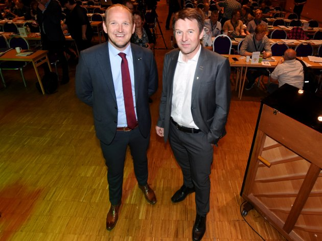 UTFORDRER: Landbruksminister Jon Georg Dale (t.v.) og Bondelagets leder, Lars Petter Bartnes, utgjør alliansen for en fortsatt kraftig strukturendring i vårt lands jordbruk.
