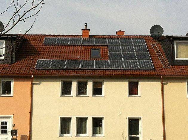 Ved nybygg og rehabiliteringer skal det stilles krav om solenergiløsninger gjennom reguleringsbestemmelsene i alle områder med relevant solinnstråling.