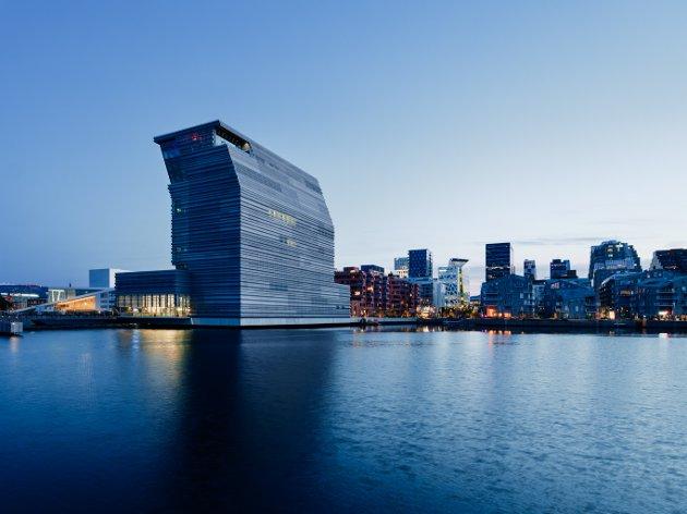 Det nye Munch-museet får internasjonal og nasjonal kjeft i pose og sekk. Men Oslo har i hvert fall et topp moderne museum. Snart to.