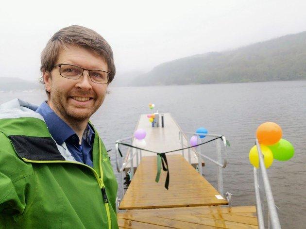 Enger ved åpningen av det nye anlegget for septikhåndtering fra småbåter innerst i Bunnefjorden.