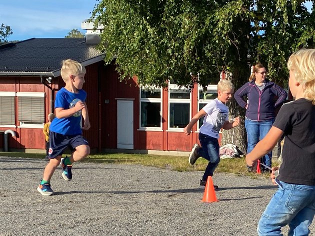 Friidrett på banen i Hvarnes