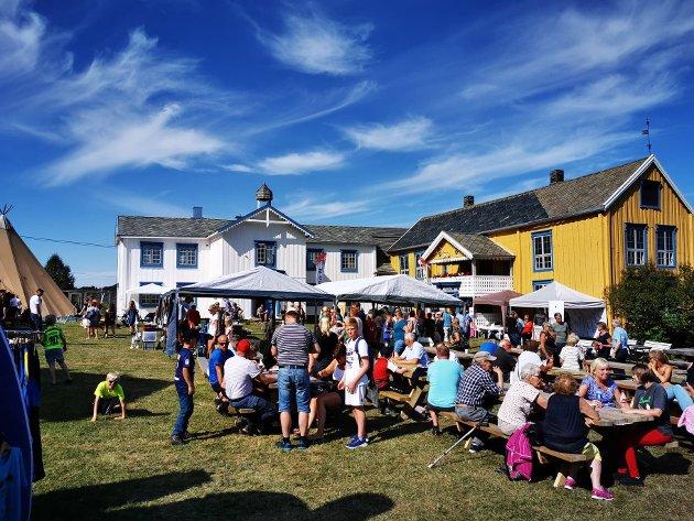 VOLLAN: Over 300 møtte på vollandagen, strålende vær og god stemning gidde en perfekt avslutning på helga