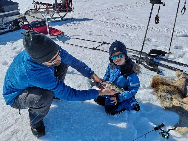 Isfisking på Torbuvatnet er en populær aktivitet i påska.