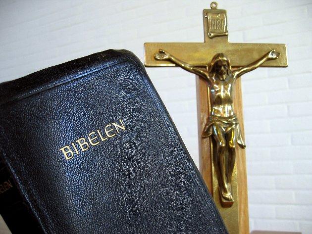 MAKT I DE FOLDEDE HENDER: Skal Den norske kirke bruker sin styrke og påvirkningskraft til å rangere ulike typer av kjærlighet? Eller skal de bruke den til å kjempe mot den virkelige uretten som finnes i samfunnet i dag?