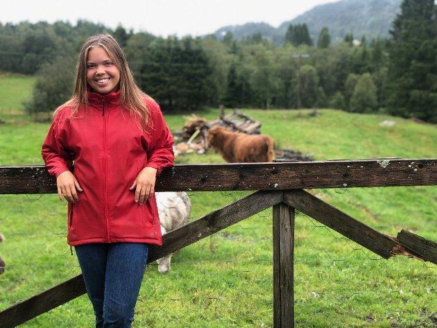 Avisa Nordhordland meiner historia til Sunniva Skeidsvoll (20) om bondeyrket er topp reklame for norsk landbruk