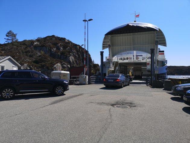 Tysdag var Fedjebjørn på plass på sambandet Fedje-Sævrøy.