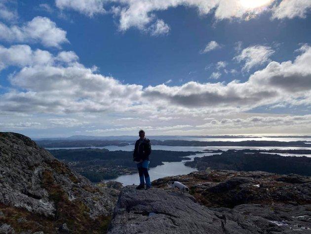Vakker utsikt frå Eldsfjellet på Holsnøy.