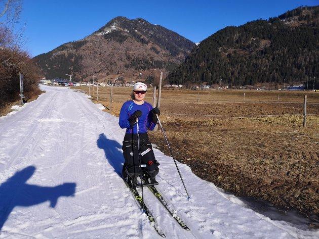 Utenfor landsbyen Predazzo - 46 km fra start - lite snø - våren er kommet