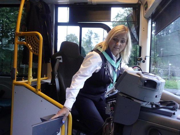 Bussjåfør Tove Hjelle skulle ringt hovedverneombudet, svarte byråkraten.
