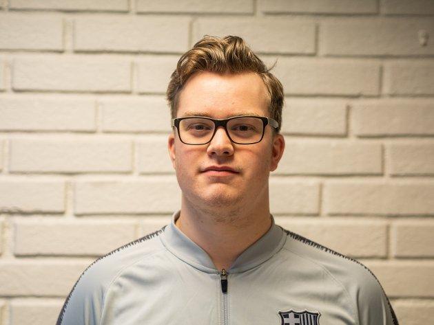 Fredrik Damdalen er Fylkesstyremedlem i AUF i Buskerud og styremedlem i Øvre Eiker AUF